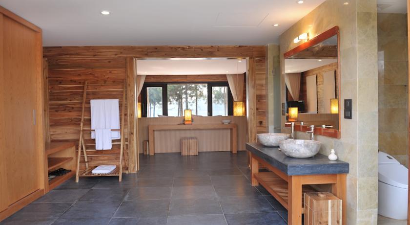 Kinh nghiệm thuê villa Hồ Cốc bên biển đẹp giá rẻ để nghỉ dưỡng