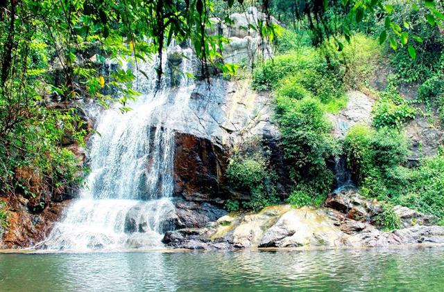 Kinh nghiệm du lịch Ba Vì tới với những địa điểm nổi tiếng nhất